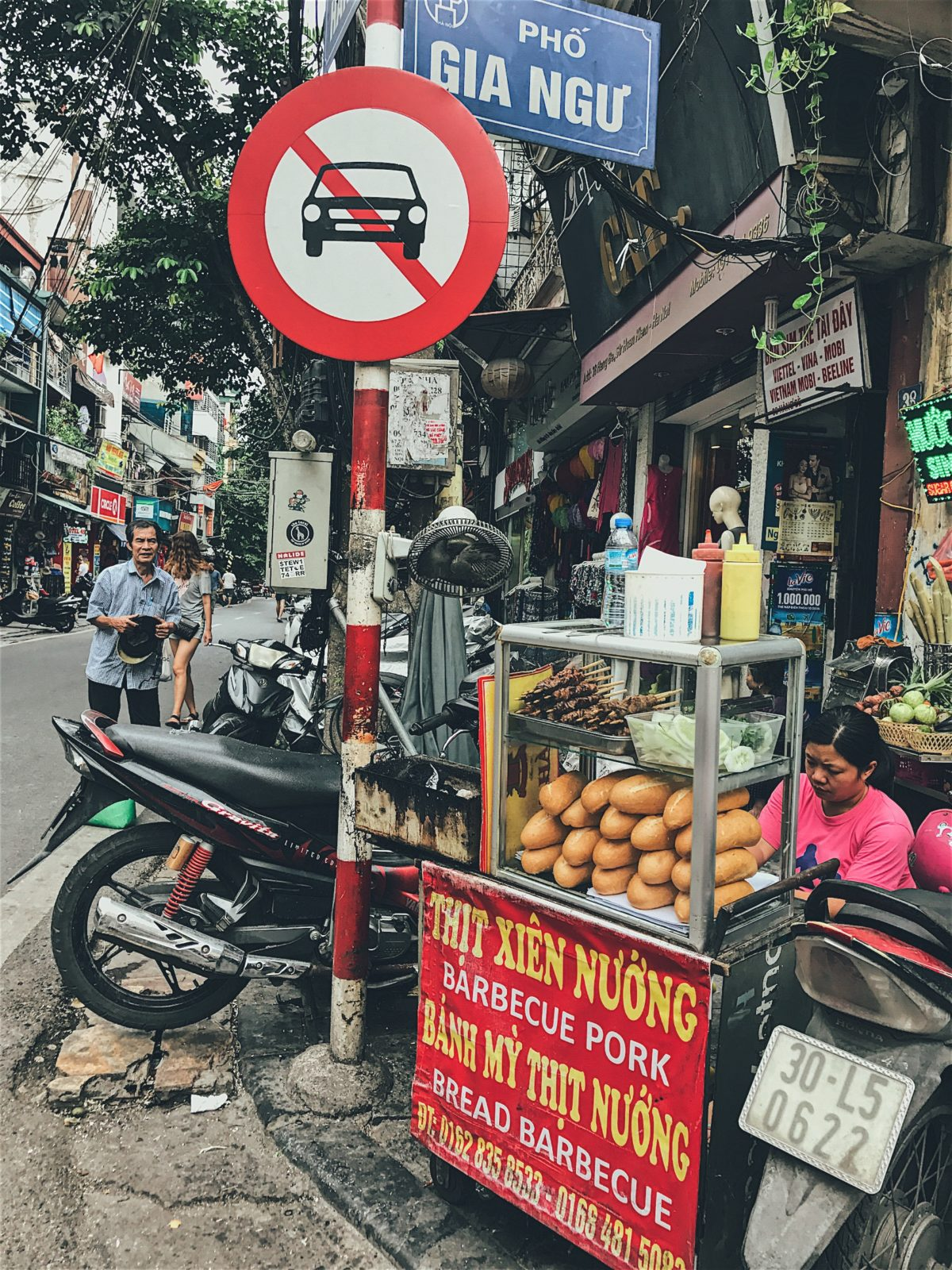 Bahn Mi Hanoi Vietnamese Food Tour Guide