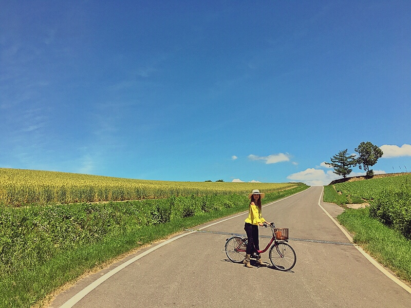 Bianca Valerio Biking Biei Hokkaido